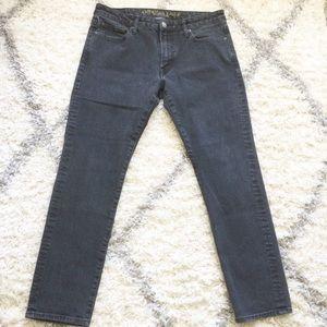 American Eagle Black Slim Jeans 33x30
